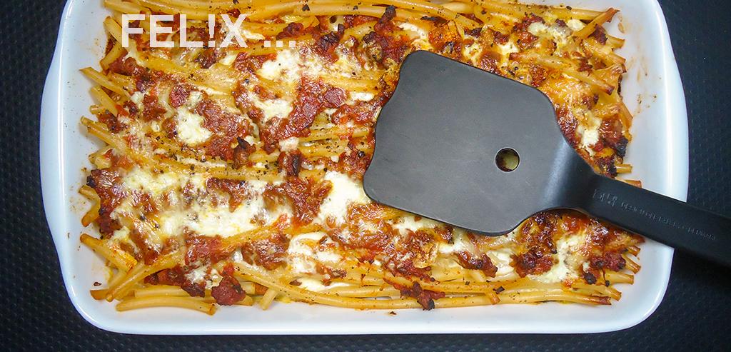 Pasta_Gratin_Bolognese_Form_Schaufel