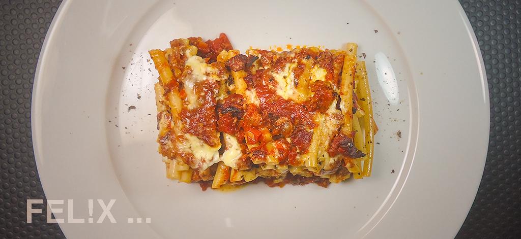 Pasta_Gratin_Bolognese_Teller